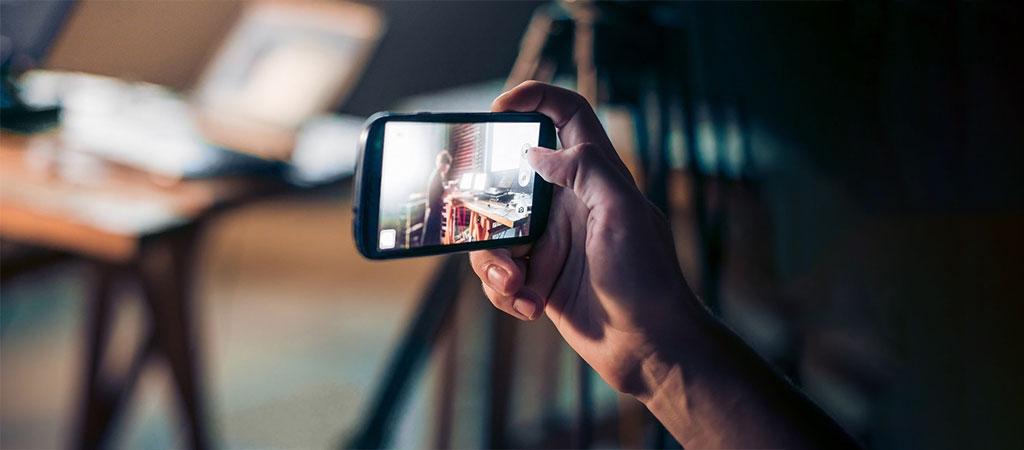 از تلفن هوشمند خود برای فیلمبرداری استفاده کنید